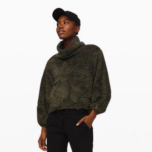Warm Restore Sherpa Pullover Sweatshirt Deep Olive